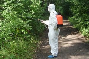 Средство защиты от клещей на растениях